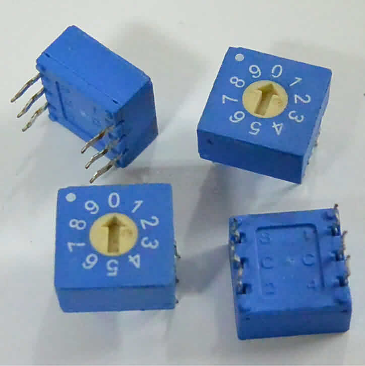 3:3 Through-hole Rotary / SMD DIP Switch - 10 Position Flat Type